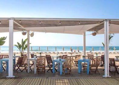 Nomada beach club sitges