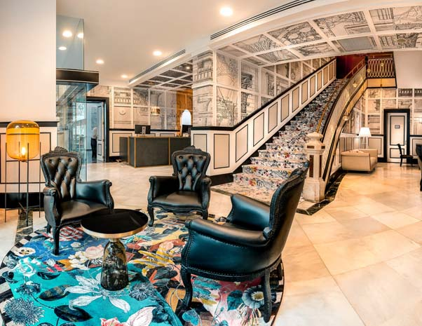Vestíbulo del hotel SH Ingles Boutique en Valencia en España