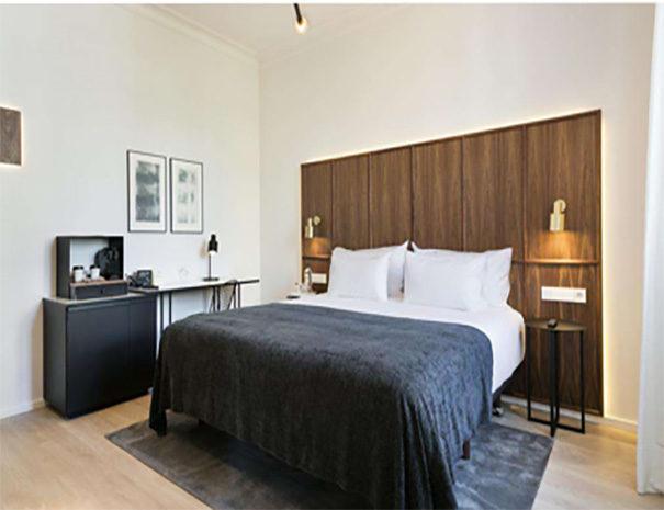 Yurbban Trafalgar Hotel Barcelona room