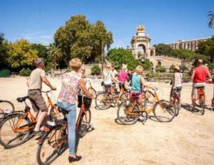 Balade en vélo activité team building Barcelone