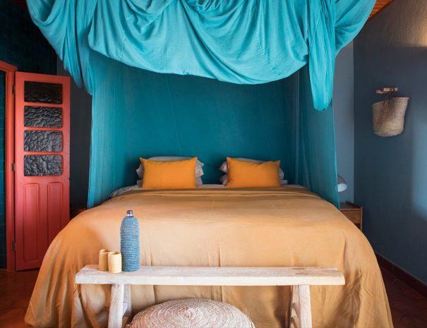 Los enamorados ibiza room