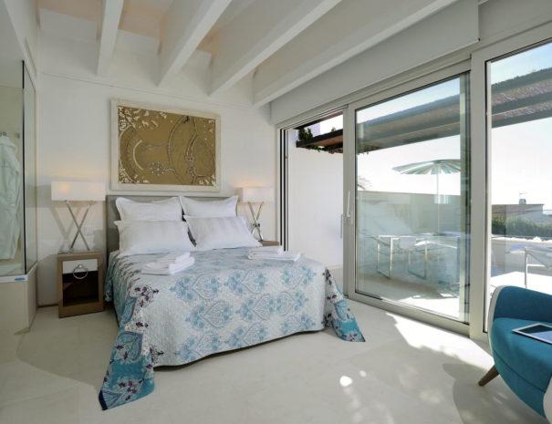 Calma blanca hotel bedroom