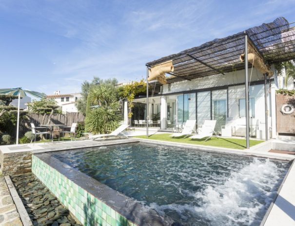 Hotel Calma blanca pool