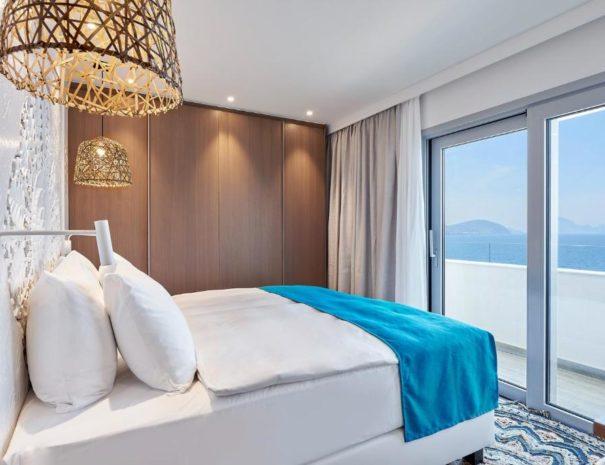 Ibiza 7 pines room