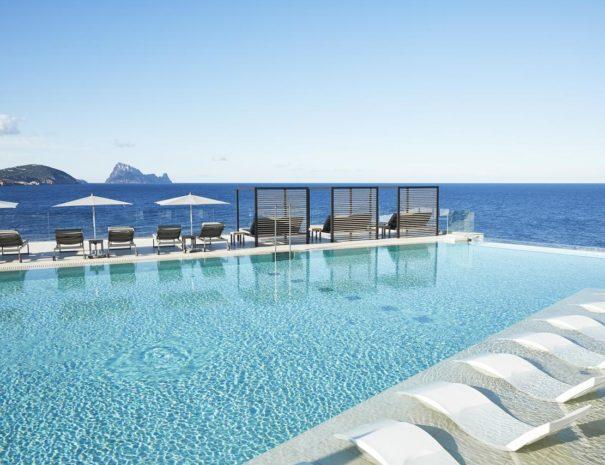 Ibiza 7 pines pool