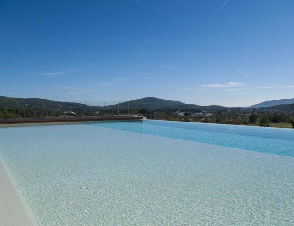 Ibiza safragell infinity pool