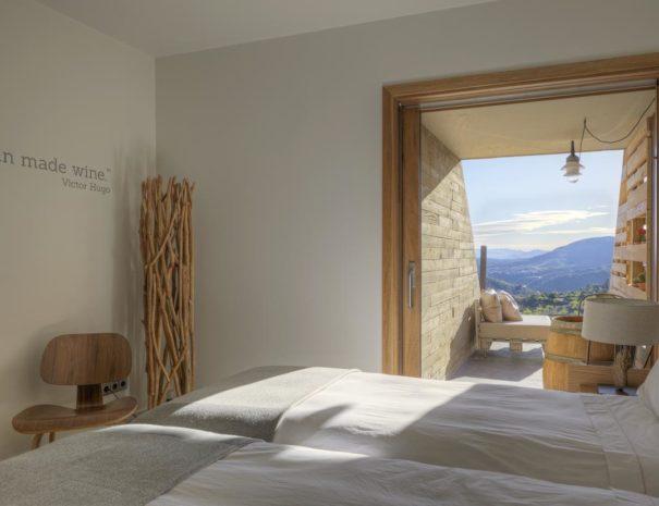 Trossos del priorat hotel bedroom
