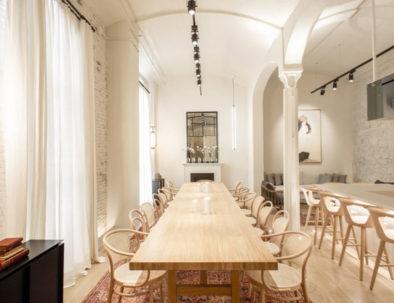 Sala de reuniones en el Hotel Yurbban de Barcelona