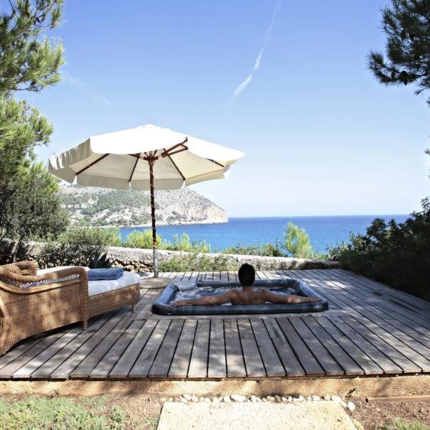 Jacuzzi with a view in Can Simoneta hotel in Mallorca