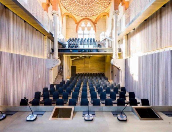 salle de réunion plénière à Sant Pau à Barcelone
