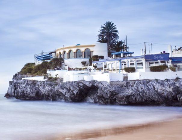 Velada de gala con vistas al mar en Barcelona