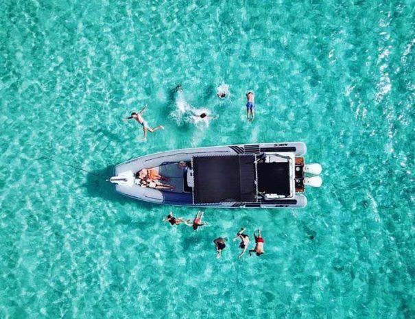 Sortie en bateau en groupe à Ibiza
