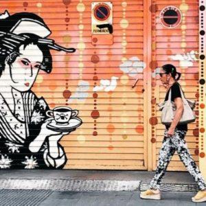 Street art tour in Valencia