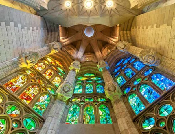 sagrada-familia-stained-windows