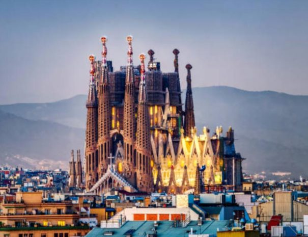 sagrada-familia-sunset