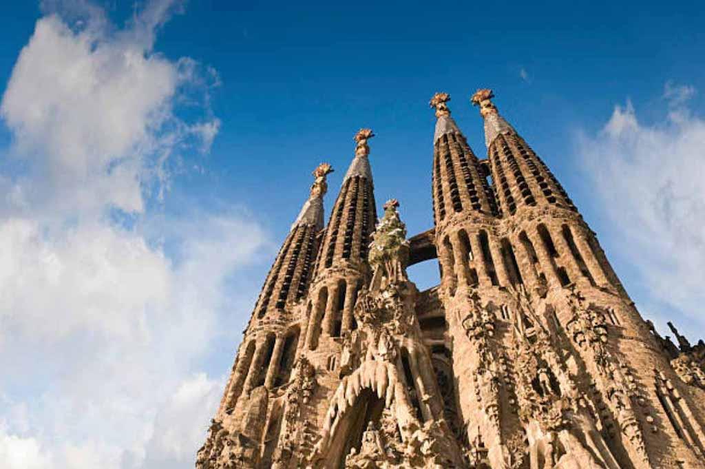 sagrada-familia-towers