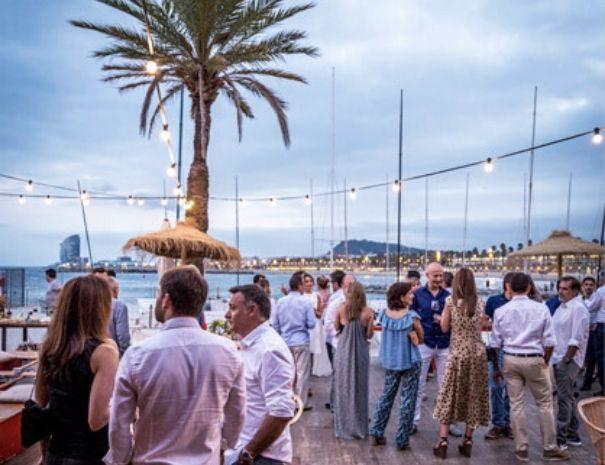 coctel evento barcelona vista mar