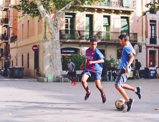 Barcelona guided by a local Barca
