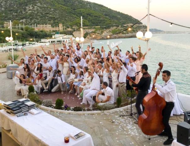 cena de gala con vistas al mar en sitges para eventos corporativos en españa