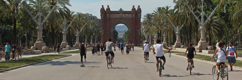 Visite éco-responsable à vélo à Barcelone comme activité team building