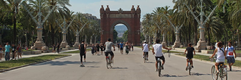 team building activity eco friendly bike tour barcelona