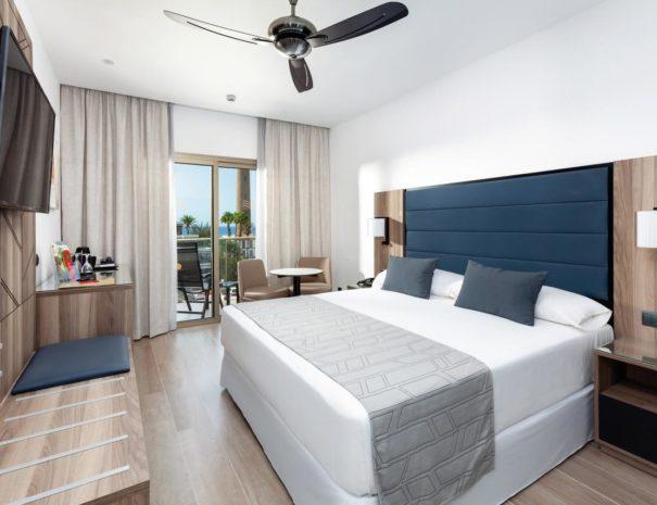 Séjour dans l'une des chambres de l'hôtel Riu Palace Oasis à Grande Canarie