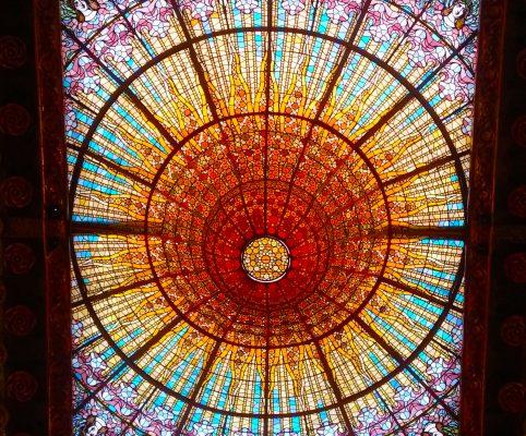 Secret Barcelona - Palau de la musica catalana ceiling